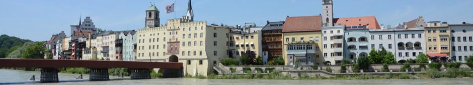 Barbara Teichmann, die BierVersteherin, Wasserburg am Inn mit Roter Brücke