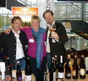 Die BierVersteherin mit dem Sommeliér-Weltmeister Oliver Wesseloh (rechts) und Klaus Artmann vom Biertraum