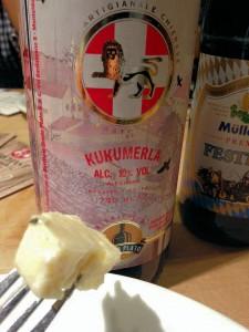 Die Bierversteherin Barbara Teichmann on tour. Verkostung Käse und Bier in Glonn mit Kukumerla