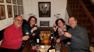 Die BierVersteherin Barbara Teichmann bei einer Verkostung in Wasserburg